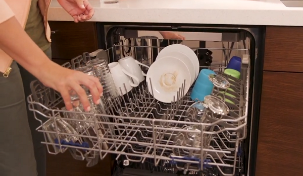 whirlpool dishwasher leaves dishes wet